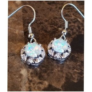 Women s Bling Earrings Wholesale on Poshmark c20d6f07f